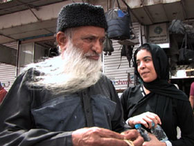 post05-pakistan-edhi