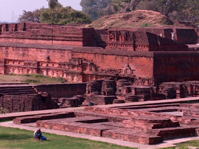 post03-buddhist-univers-india
