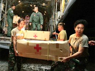 1712-philippines-aid-320