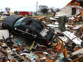 1712-tornado-relief-320