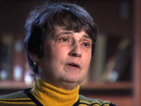 Prof Laura Bartell