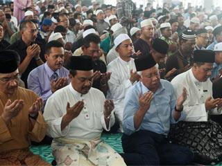 malaysia-prayers-sm