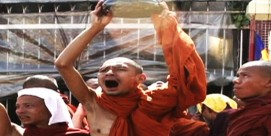 myanmar-monks-feat-img