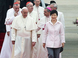 Korea_Pope_Francis-NEWS-sm