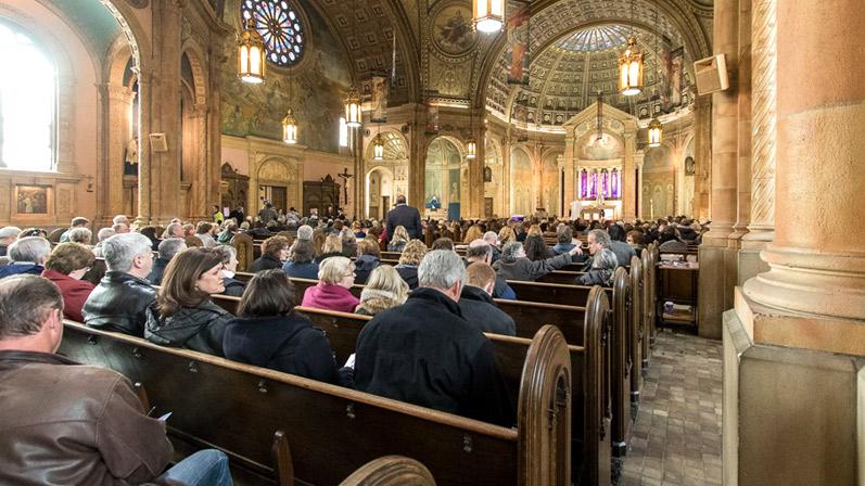 church mass mobs