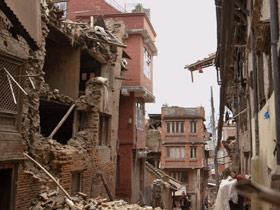 post04-nepal-earthquake-relief