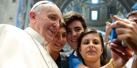 feat-pope-francis-us-800