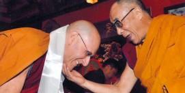 feat-dalai-lama-doctor-800