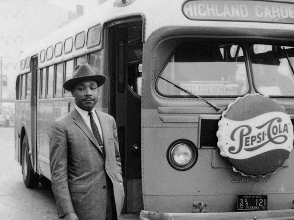 Religious and Political Leaders Mark Anniversary of Montgomery Bus Boycott  | December 4, 2015 | Headlines | Religion & Ethics NewsWeekly | PBS