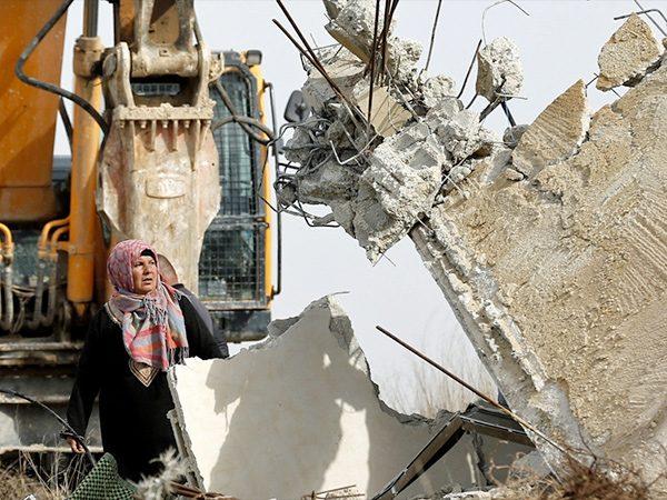 Hundreds of Palestinians left Homeless after Israel Demolishes Homes